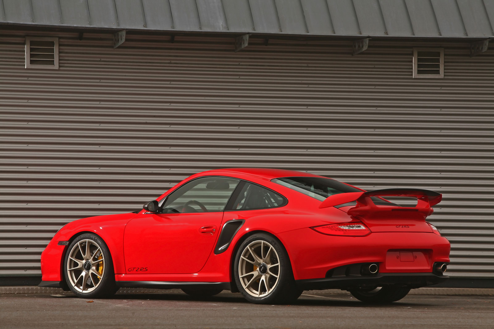 Porsche 911 GT2 RS by Wimmer RS