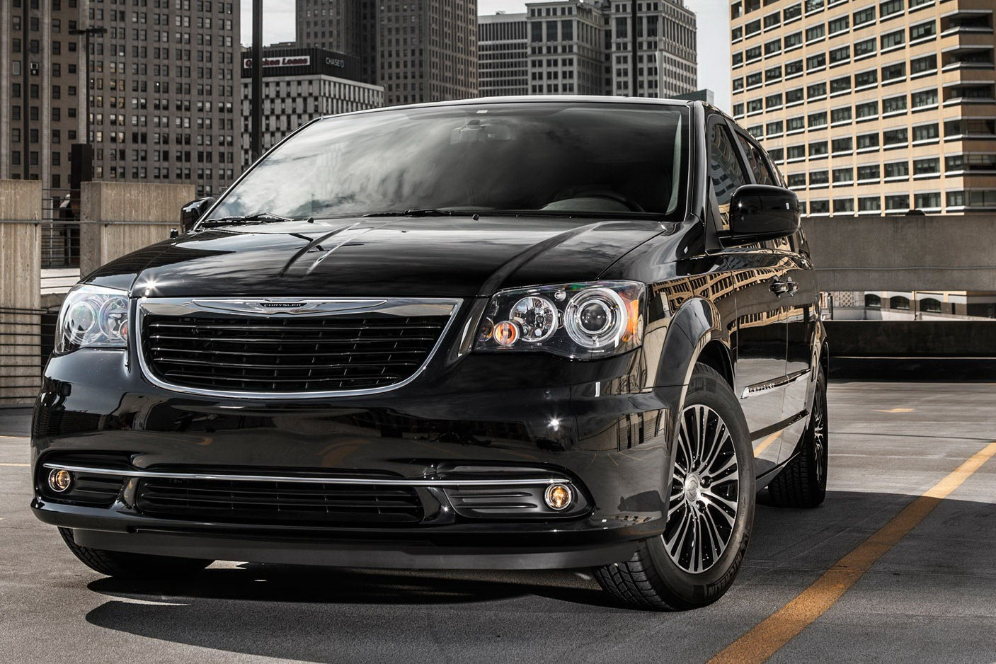 2013 Chrysler Town and Country S Edition