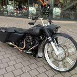 30 inch wheel Harley Davidson