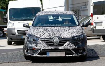 2016 Renault Megane Spy Shots